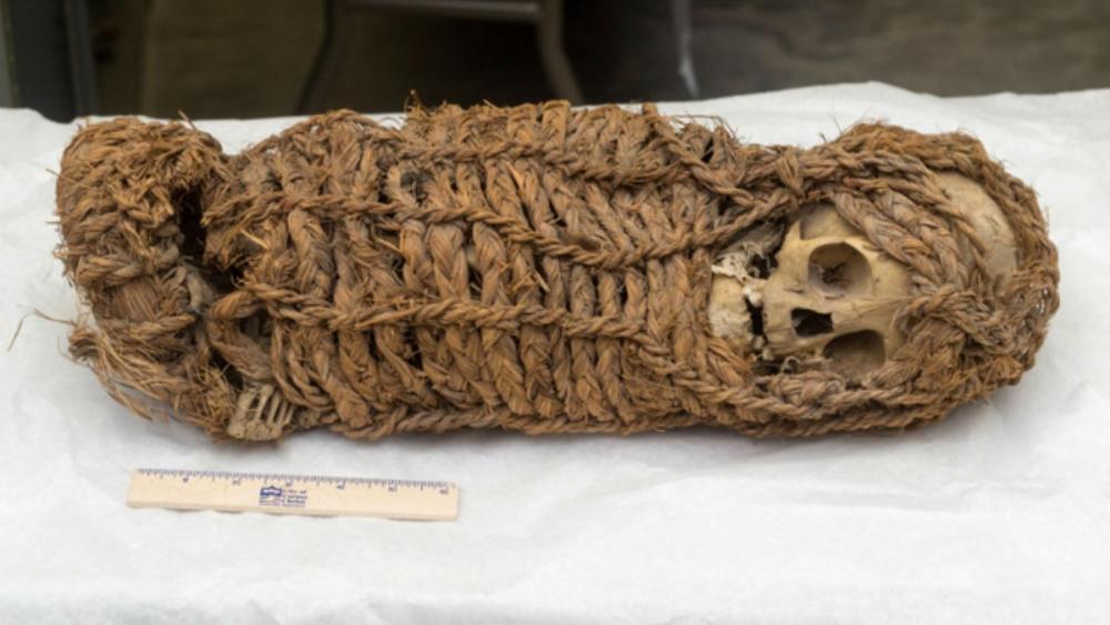 EUA devuelve momia de bebé que había tomado de Perú